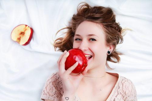 Mela, Uva, Frutta, Progetto, FRUITproj, bianco, yogurt, bergamo, fotografia, ritratti, ritratto, ritrattistica, frutto, personalità, studio